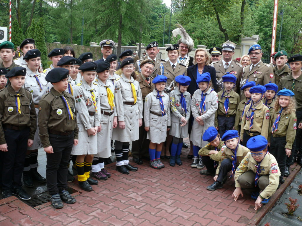 Harcerze pamiętają o bohaterach walczących pod Monte Cassino